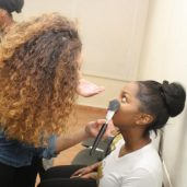 maquillage-backstage-defile